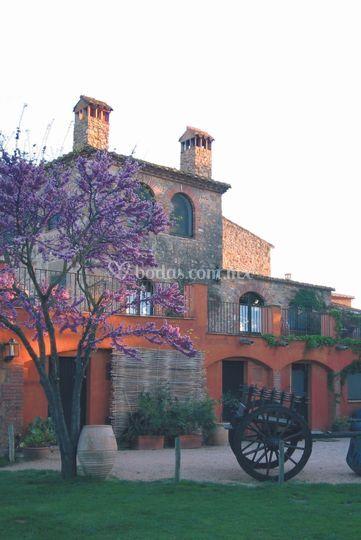 ¿En una masia Catalana?