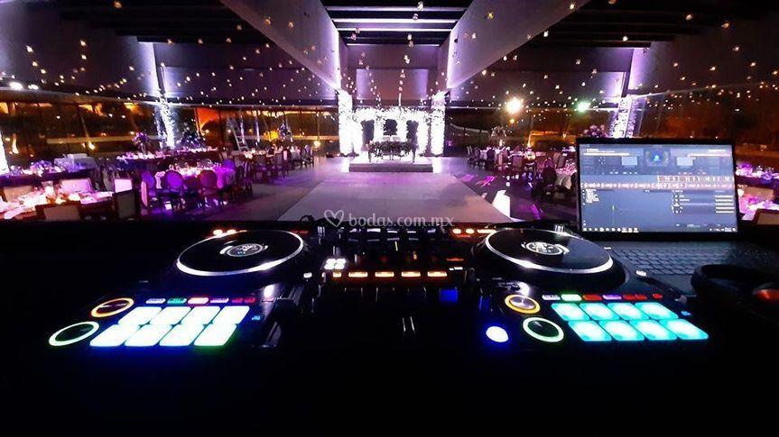 Iluminación, Burbuvelas, DJ