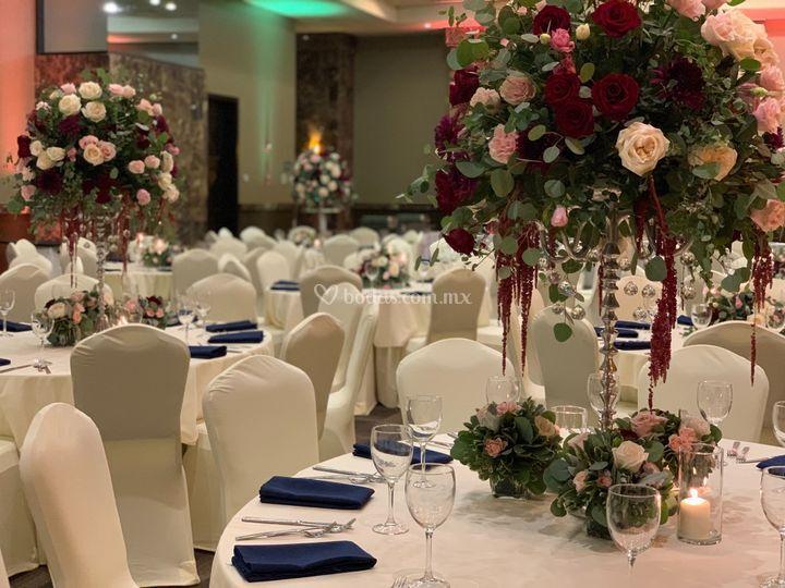 Burgundy wedding color