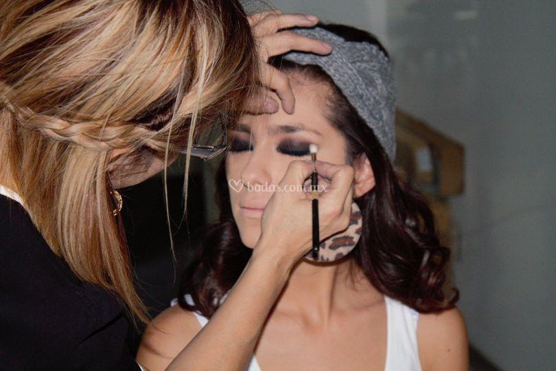 Ely lópez maquilladora