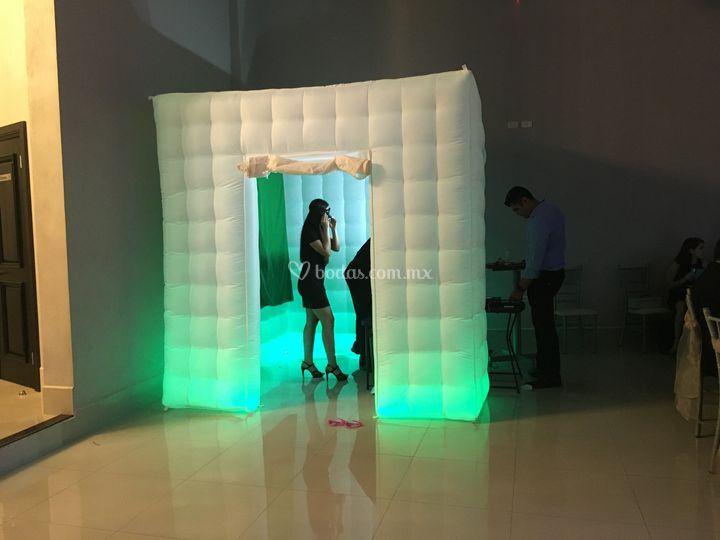 Cabina iluminada inflable