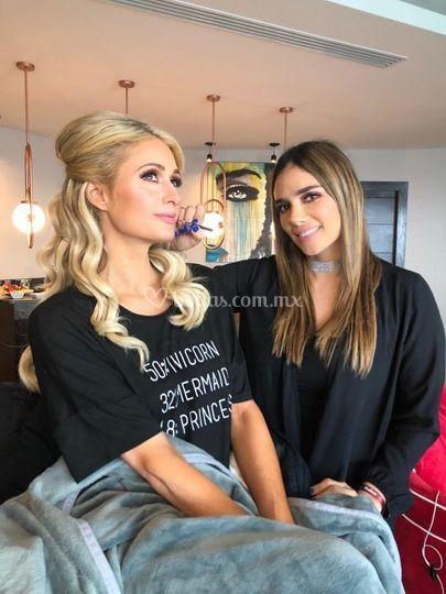 Maquillaje a Paris Hilton