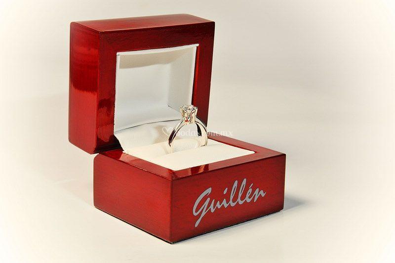Anillos Guillen Logo
