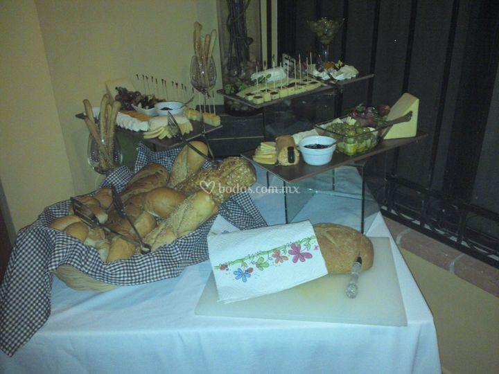 Estación de panes y quesos