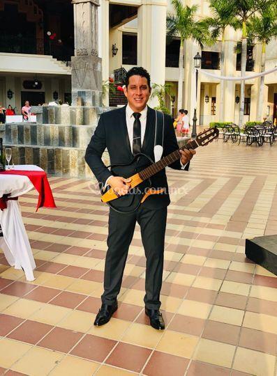 Curiel&guitar- riu hotel