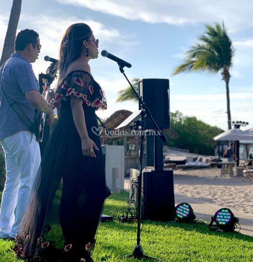 Evento en playa - st. Regis