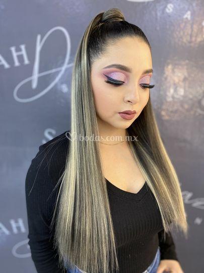 Maquillaje y peinado p/desped