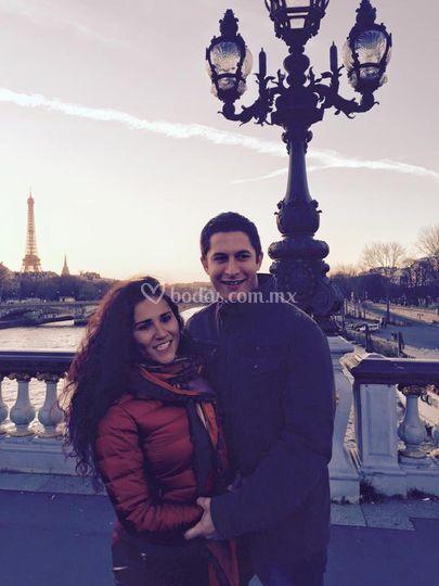 Luna mieleros en Paris