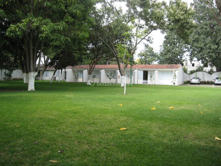 Villa iyautli for Hotel villa jardin barrientos
