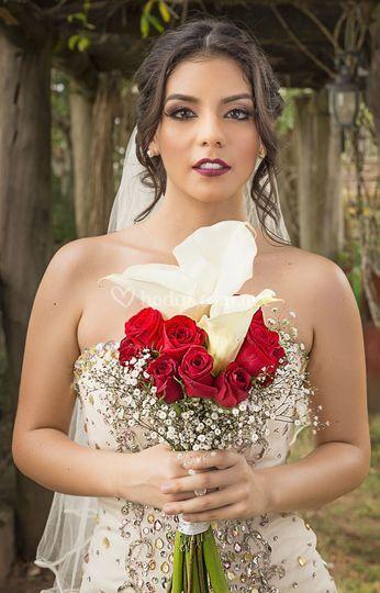 Maquillaje novias glam