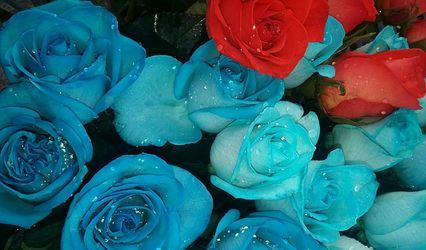 Las Tres Rosas