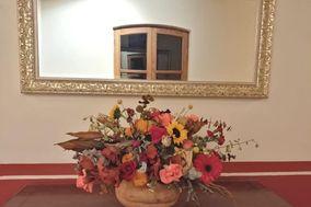 Flores & Colores Boutique