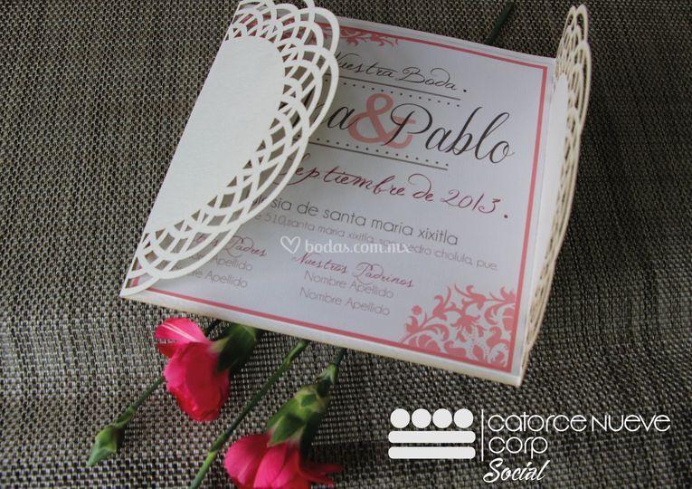 Invitación tonos rosas