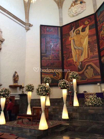 Decoración edificio religioso