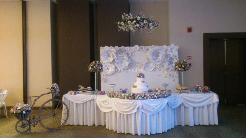 Back mesa de pastel