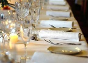 Renta de sillas y mesas para tu boda