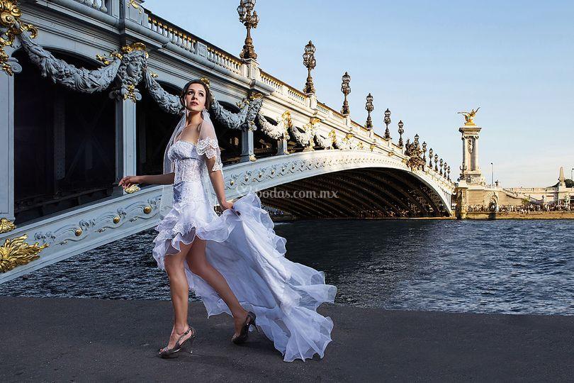 Claudia Nalleli- París Francia