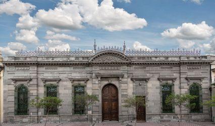 Casa Pedro Loza