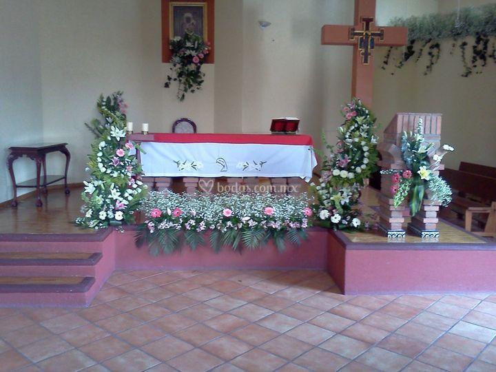 Pie de altar