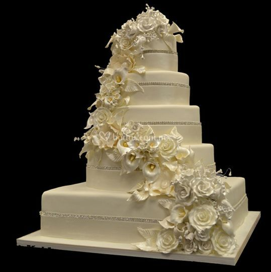 5 layer white wedding cake pasteler 237 a crumbs of 10448