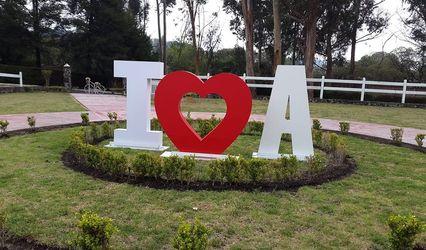 Luis Alquicira - Letras Gigantes