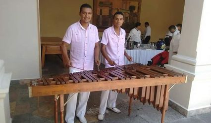Combo Latino