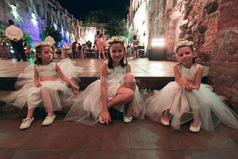 Las pequeñas damas