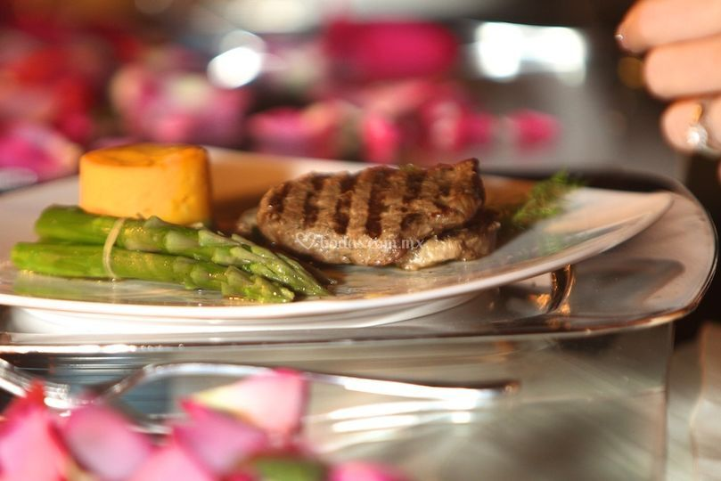Ana Maria Banquetes Gourmet