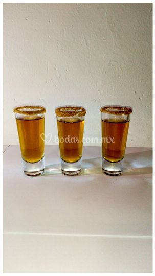 Apple jack shots