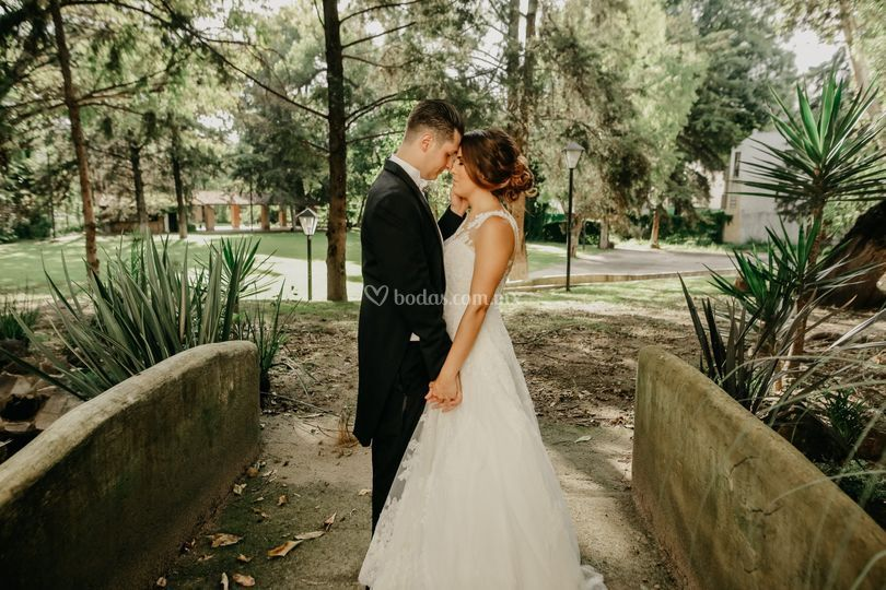 Uriel mateos wedding photo