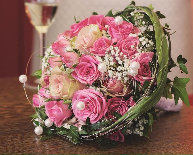 Ramo novia rosas y perlas