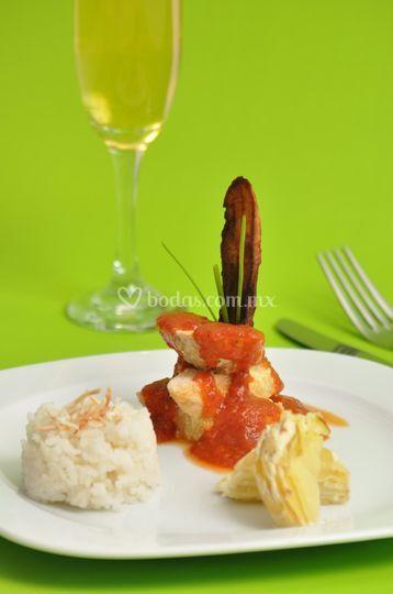Suprema en salsa de arándano