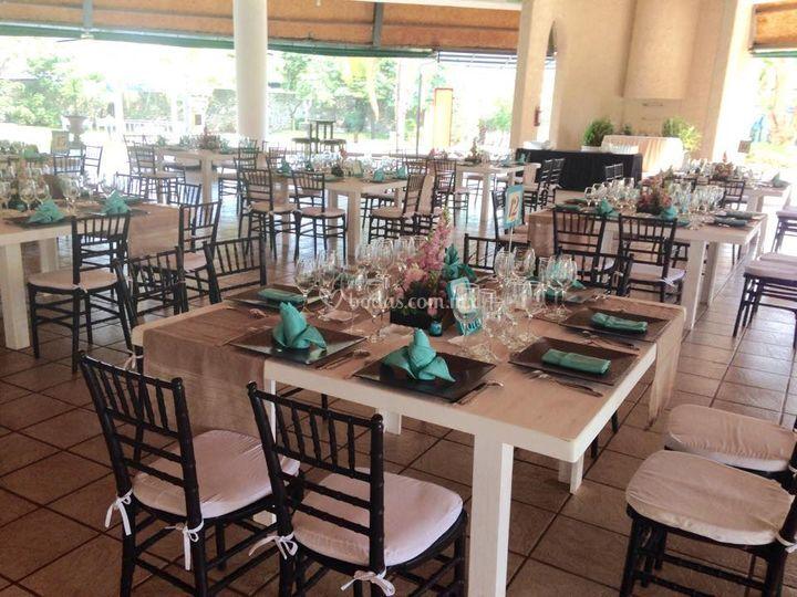 Mesas de villa xavier foto 5 for Jardin villa xavier jiutepec