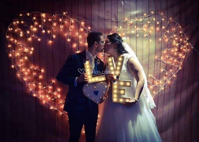 Beso y letras love