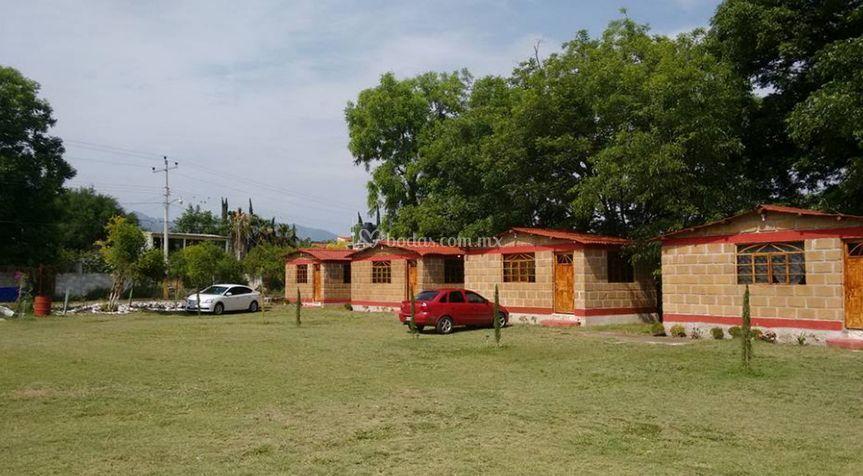Jardín y Cabañas Nsháthje