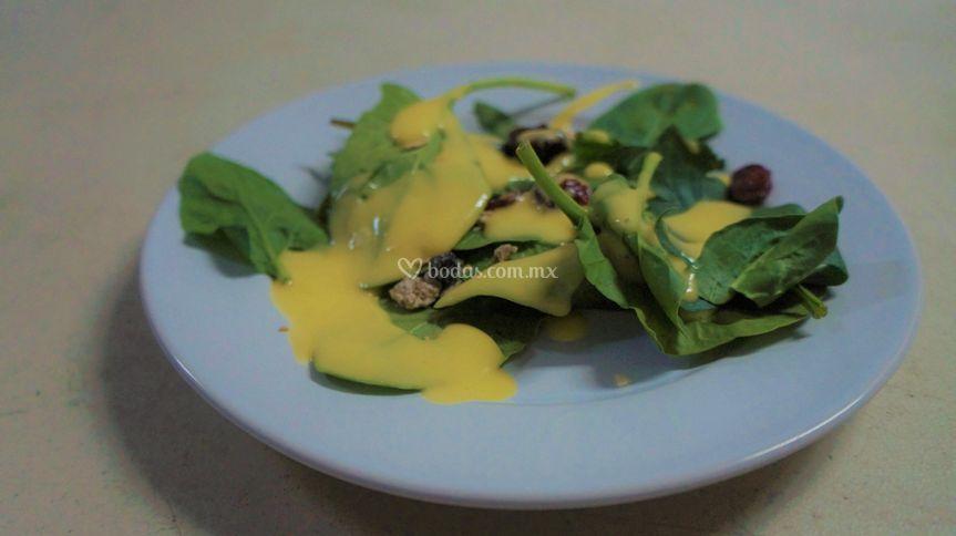 Ensalada en jugo de mango