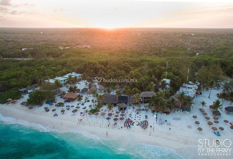Vista aérea de la Bahia Xpuha
