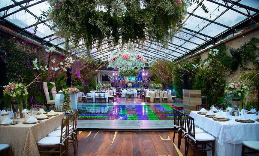 Salón jardín La Encantada