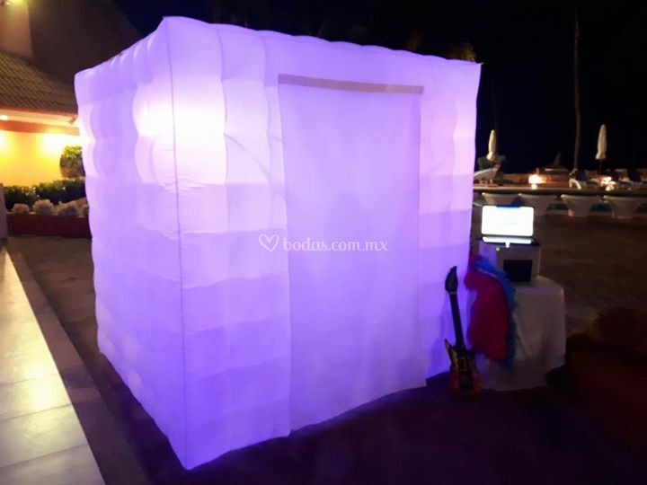 Cabina inflable con luces led