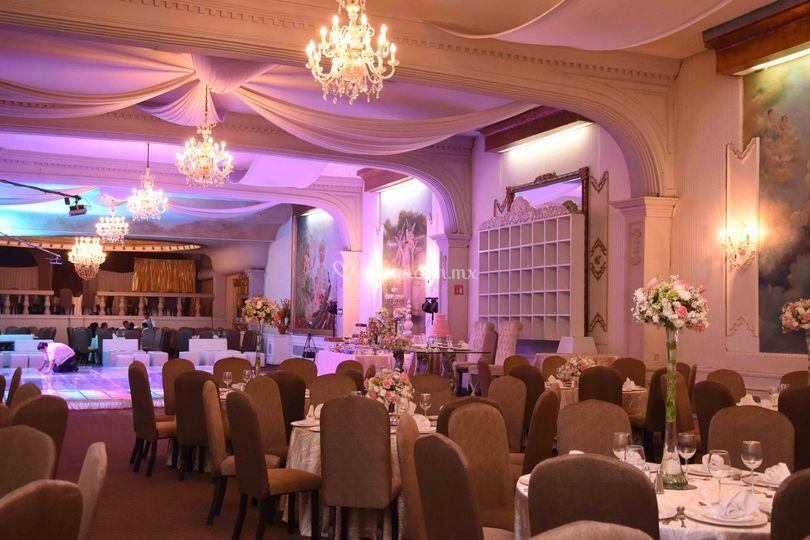 Salon roma de capitolio eventos fotos for Capitolio eventos jardin