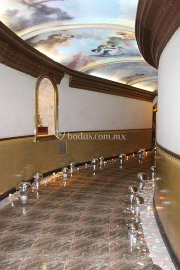 Pasillo Salón Roma