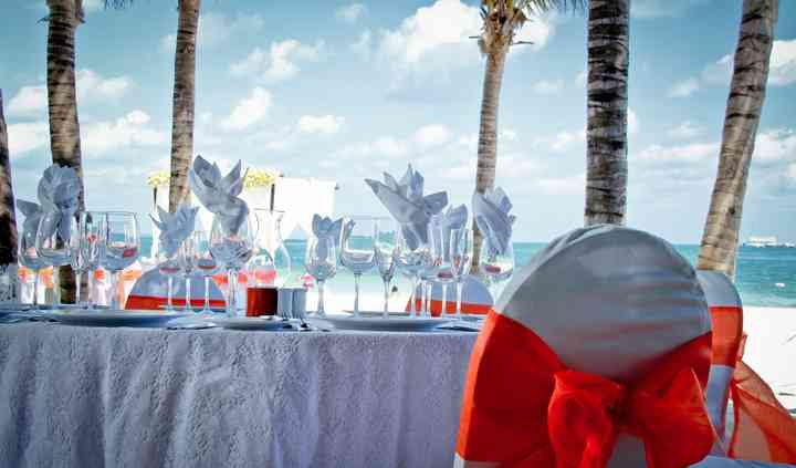 Montaje banquete playa