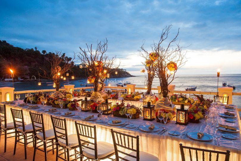 Cena vista al mar