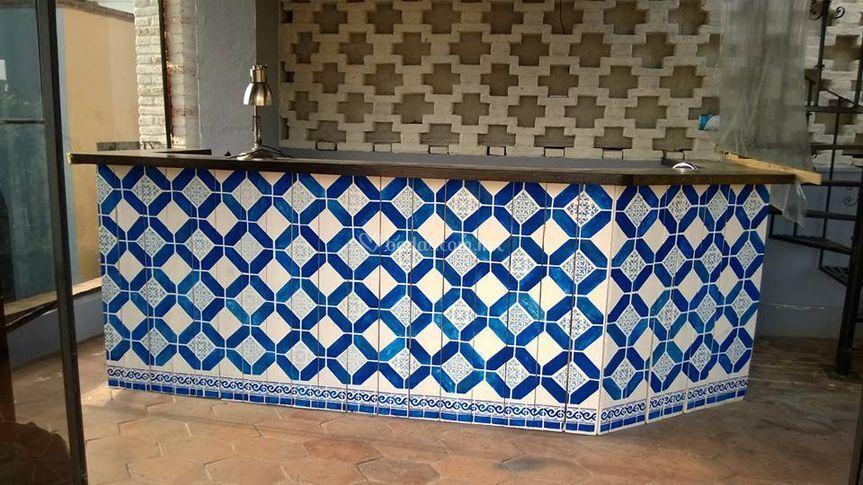 Barra decoración estilo talavera