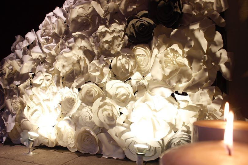 Pared de flores gigantes