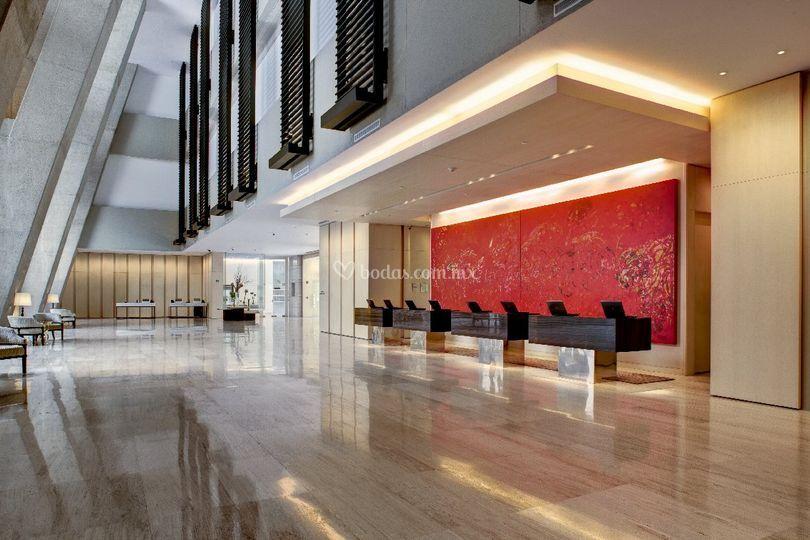 Lobby principal renovado