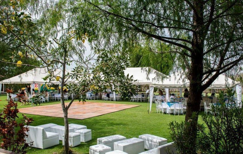 Zamarat jard n de eventos for Jardines pequenos para eventos df