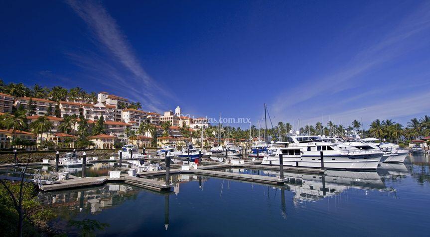 Marina puerto de la navida