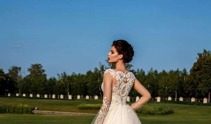 Paola C Dresses 1