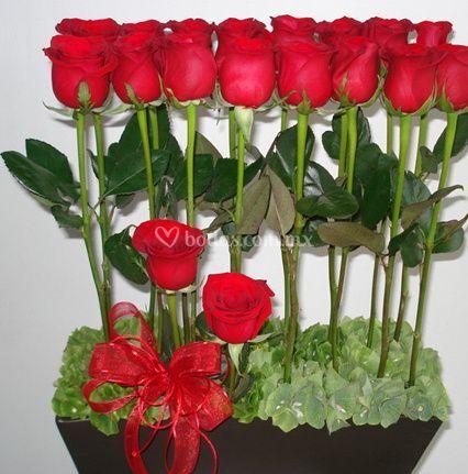 Rosas en base de madera